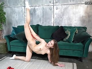 Having a nice ass and cute face does wonders and that cutie loves getting naked