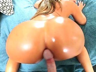 POV fantasty along side big booty Richelle Ryan