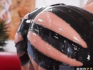 Ryan Conner is an oiled up slut in need of a nasty drilling game