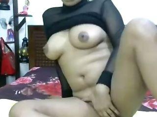 Torrid all alone webcam Desi nympho feels nice as she pets her twat