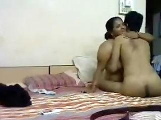 Fat Mature Aunty Fucked By Young Lover On Bed
