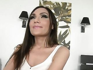Brunette Audrey Jane with smooth twat shows her love for love torpedo sucking to Sabby