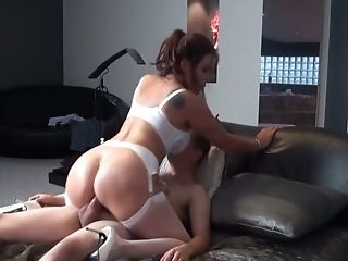 MATURE BRITISH STEPMOM CREAMPIE