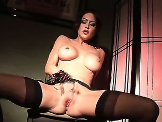 Jessica Jaymes is truly a solo scene beast