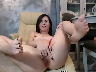 This frisky camslut is never boring and she loves fingering herself hard