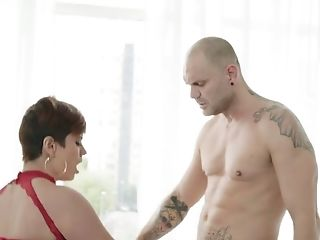 Hot blooded red head Amaranta Hank is fucked by tattooed hunk
