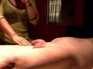 Clothed sex is all that Samy Saint needs after a blowjob on the floor